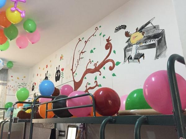 师生齐努力,共创宿舍新佳绩——蚌埠工艺美术学校第三届宿舍艺术装饰图片